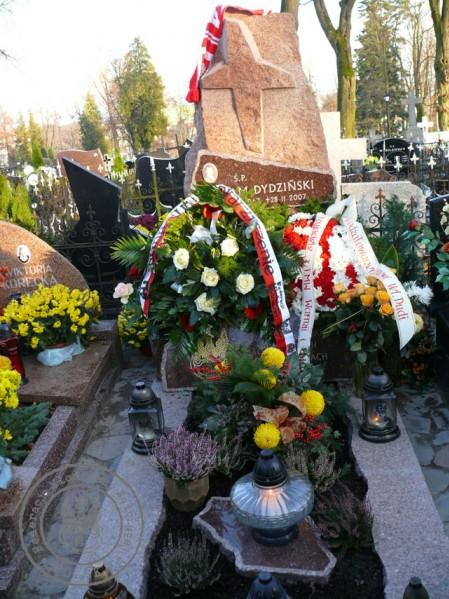 pomnik Śp. Adama Dydzińskiego