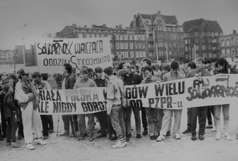 """4 - FMW pod pomnikiem - """"Soczek"""", """"Partyzant"""", """"Daras"""" i inni"""